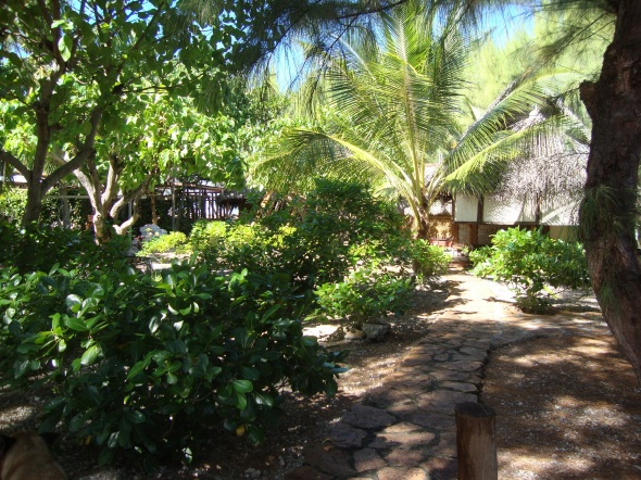 After walking through the dock side you entered the bungalows and the center garden.