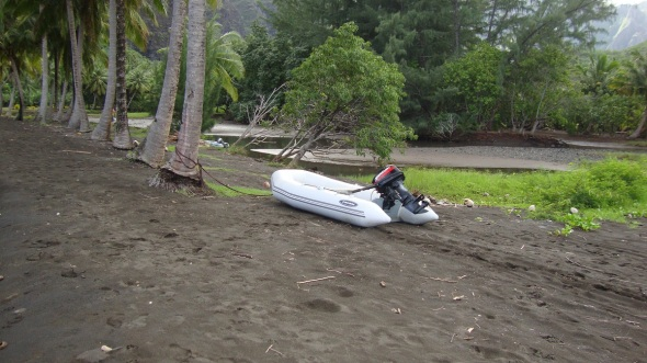 The tide is out and so is the ocean. Its a little hard to use the dinghy right now.