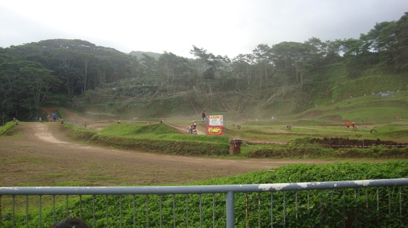 A little motocross, its just amazing that such a small island contains such a sport.
