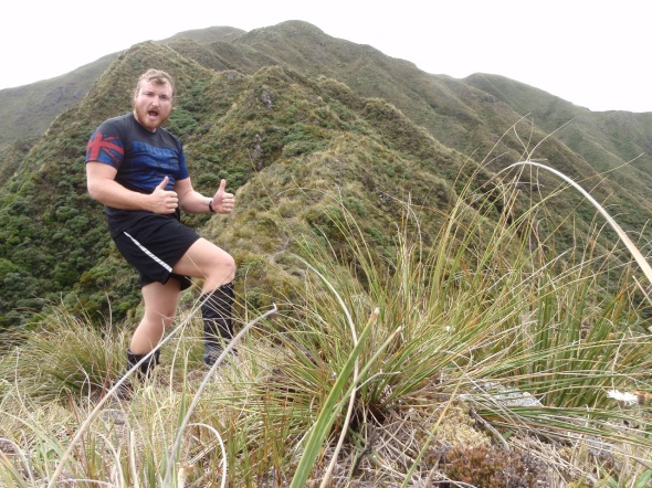 I was very stoked to be finally at the top of the range and start my 45k tramp across the ridge line of the range.
